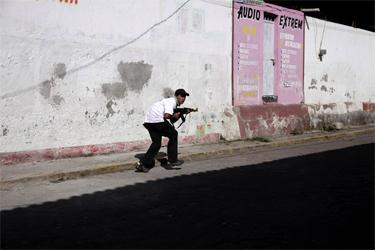 Mexico: Michoacan Vigilante Groups and Cartels Clash (Photos) -